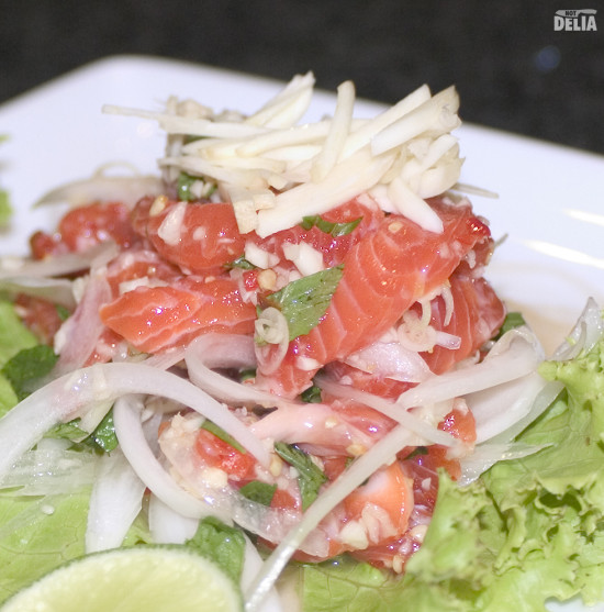 Fuji's Thai-style salmon tataki