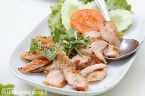 Grilled pork with North-Eastern style spicy lime sauce